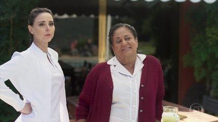Leila e Bezinha comentam sobre Paloma e Silvana
