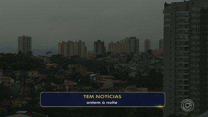 Chegada de frente fria escurece céu e chama a atenção em cidades da região