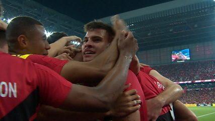 O gol de Athletico-PR 1 x 0 Internacional pela final da Copa do Brasil