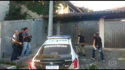 Polícia Civil apreende celulares e computadores de Flordelis em operação no RJ e DF