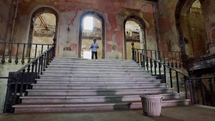 Pedro Neville mostra como o Museu Nacional utiliza as próprias cinzas para se reestruturar