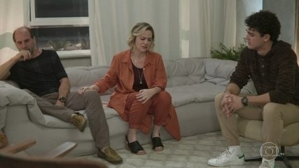 Regina apoia Guga e diz que sempre soube que o filho era gay