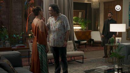 Teaser 'Bom Sucesso' 4/10: Diogo flagra Nana e Mario