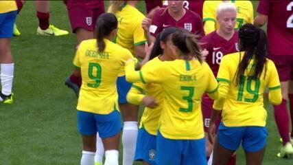 Brasil bate a Inglaterra por 2 a 1, em amistoso de futebol feminino