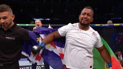 Melhores momentos de Justin Tafa x Yorgan DeCastro no UFC 243