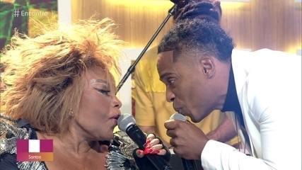 Elza Soares canta 'Não Tá Mais de Graça'