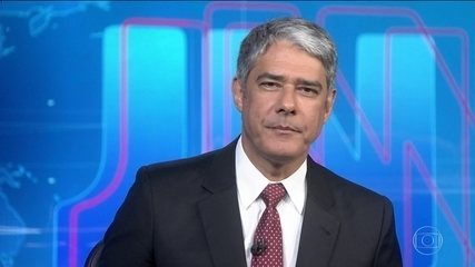 Bolsonaro diz para apoiador no Palácio da Alvorada esquecer o PSL