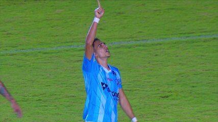Gol do Londrina! Raí Ramos chuta bonito e manda para as redes aos 31 minutos