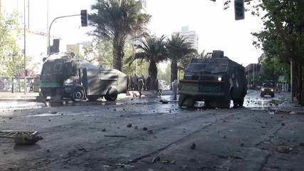 Sobe para 11 o número de mortos nos protestos no Chile, segundo imprensa local