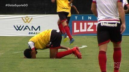 Moacir sente lesão durante preparação para partida contra o América-MG
