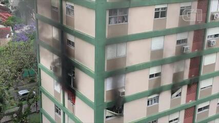 Incêndio atinge apartamento em prédio no bairro Petrópolis, em Porto Alegre