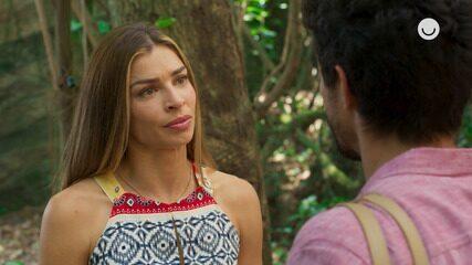 Teaser 'Bom Sucesso' 14/11: Paloma não aceita pedido de namoro de Marcos