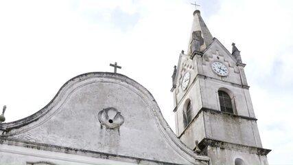 Daiane Fardin mostra a história da igreja mais antiga do Paraná