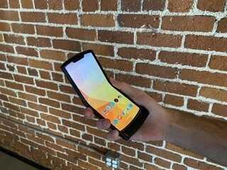 Saiba tudo sobre o celular dobrável da Motorola