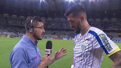 Entrevista do Marquinhos, do Avaí, após empate com o Cruzeiro e comemoração do resultado