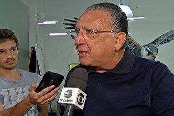 Galvão Bueno é internado e não narra final da Libertadores