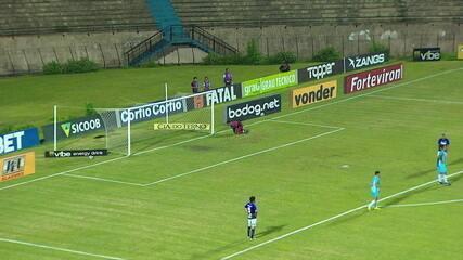 Veja jogada feita por Paulinho Bóia quando estava emprestado ao São Bento