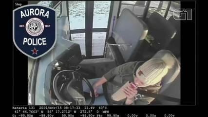 Motorista é presa por beber enquanto dirigia ônibus escolar nos EUA