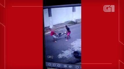 Assaltante ataca ciclista e os dois lutam por bicicleta em Fortaleza