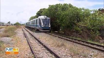 Adolescente morre atropelado por trem do sistema VLT, no Grande Recife