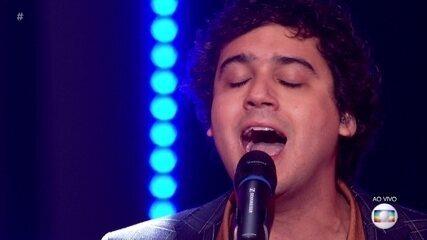 George Sauma canta 'Coleção'