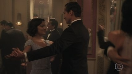 Isabel dança com Felício