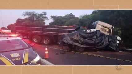 Motorista de 26 anos morre ao colidir contra caminhão em Mormaço