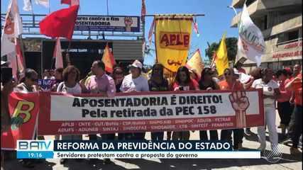 Servidores protestam e liminar suspende votação da reforma da previdência estadual