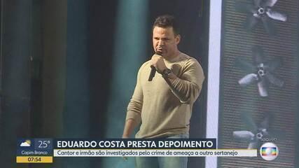 Cantor Eduardo Costa presta depoimento à Polícia Civil em BH