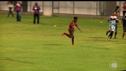 Flamengo-PI vence o Parnahyba por 2 a 0 e assume a ponta da tabela