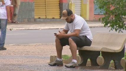 Estudo aponta que Brasil está entre os países com maior uso de celular no mundo