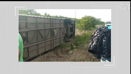 Vídeo: Acidente envolvendo ônibus na BR-116 deixa mortos e feridos