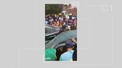 Vídeo: Populares tentam invadir UPA após prisões de suspeitos, na cidade de Capim Grosso