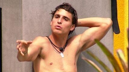 Felipe especula sobre brigas no BBB: 'Eu quero paz e amor'