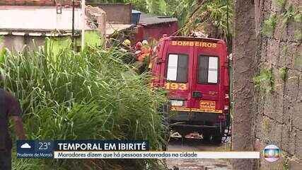 Bombeiros procuram família soterrada em Ibirité, na Região Metropolitana de BH