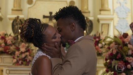 Ramon e Francisca se casam