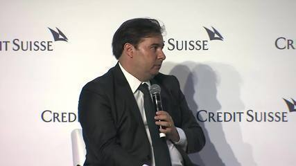 Rodrigo Maia critica Weintraub e Salles em evento em SP