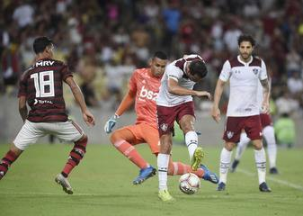 Fluminense vence o clássico contra o Flamengo com belo gol de Nenê