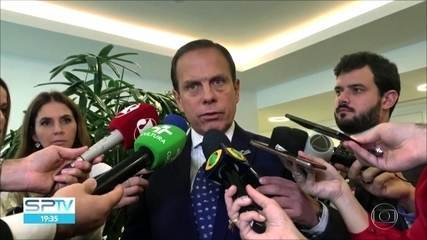 Governador João Doria determinou ajuda prioritária a desabrigados pela chuva em SP