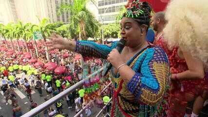 'Bloco da Preta' homenageia as mulheres no Centro do Rio de Janeiro