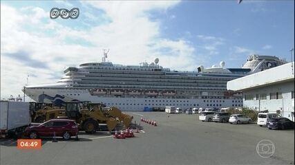 Morrem dois passageiros com coronavírus do navio que estava em quarentena, no Japão