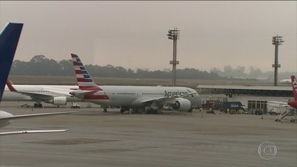 Covid-19: companhias aéreas vivem momento de incerteza devido a cancelamentos
