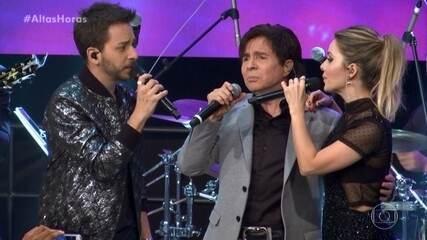 """Sandy & Junior cantam """"Olha O Que o Amor Me Faz"""" com Xororó e Família Lima"""