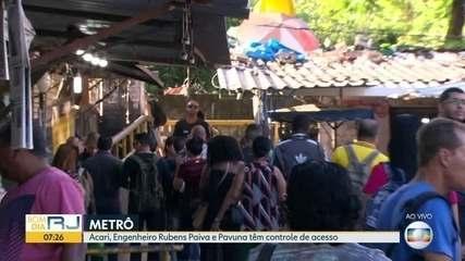 PM controla o embarque em estações do Metrô para evitar surto da Covid-19