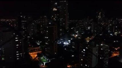 Moradores de Casa Forte fazem panelaço contra Jair Bolsonaro, no Recife