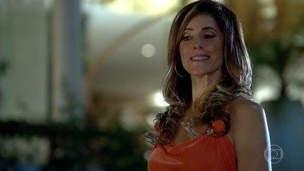 Tereza Cristina conversa com Griselda