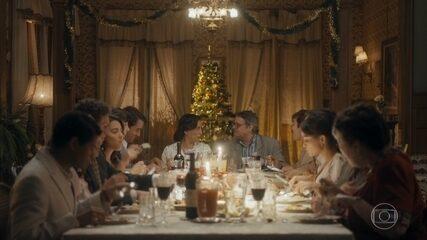 Afonso faz um brinde ao Natal