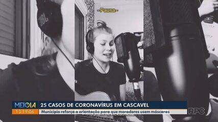 Cantora de Cascavel comove e acalma corações angustiados pelo isolamento