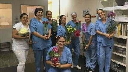 Produtores de Holambra levam flores para os funcionários do HC da Unicamp