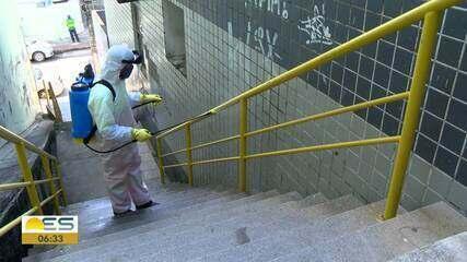 Coronavírus: ruas, becos e escadarias lavados com cloro em Vitória